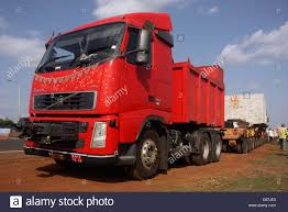 volvo gm heavy truck overloaded indian truck stock photos u0026 overloaded indian truck