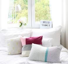 Schlafzimmer Farbe Bilder Sommerfarben Im Schlafzimmer Pretty Nice