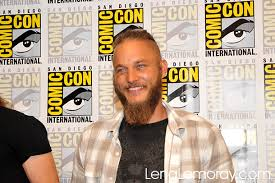 travis fimmel hair for vikings vikings travis fimmel and clive standen interview