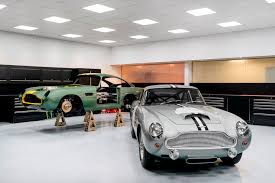 old aston martin aston martin db4 g t production returns to newport news driven