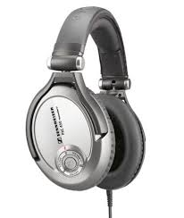 best black friday headphone deals 2016 the best black friday deals on amazon thetechbeard