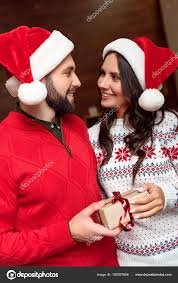 couple with christmas present u2014 stock photo allaserebrina 166397666