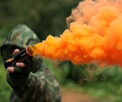 Car Interior Smoke Bomb Smoke Grenades