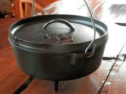 lodge dutch oven table kitchen mesmerizing lodge ecd eled cast iron dutch oven quart