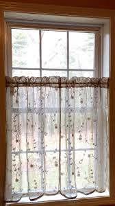 Old Fashioned Lace Curtains by 38 Best Spring Curtains Images On Pinterest Window Treatments