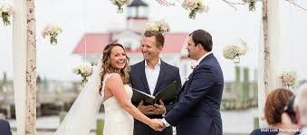 wedding officiator outer banks wedding officiant anthony joseph obx weddings