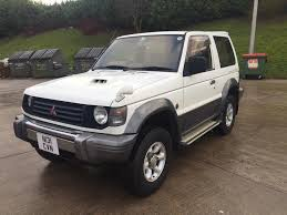 mitsubishi pajero swb 2 8 diesel 3 door white 1994 year in