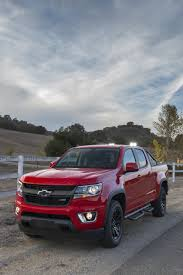 chevrolet duramax diesel lifts 2016 chevy colorado pickup to