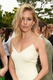whatbhair texture does sienna miller have daily beauty muse july 2016 sienna miller hairspray and summer
