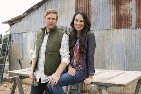 fixer upper on hgtv chip and joanna gaines announce departure from hgtv s fixer upper