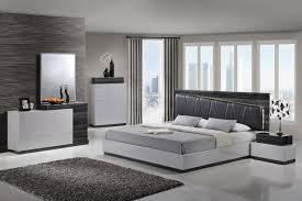 Modern Line Furniture Commercial Furniture Global Furniture Lexi 5 Piece Bedroom Set In Silver Line And Zebra