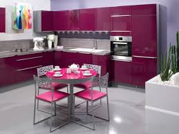 cuisine girly de couleur aubergine pink purple kitchens