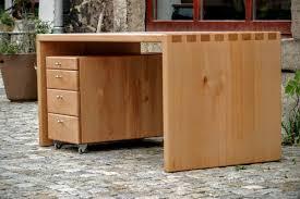Kleiner Schreibtisch Schreibtisch Und Büromöbel Aus Massivholz Für Praxis Kanzlei Und