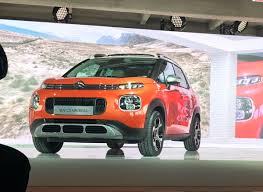 2017 citroen c3 aircross front three quarters imposing stance