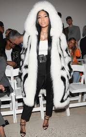 nicki minaj wore a fur coat in 80 degree heat instyle com