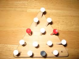 cracker barrel table game how to solve the triangle peg game