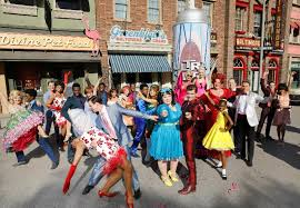 hairspray live gets ready for macy s thanksgiving day parade