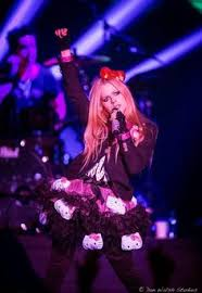 avril lavigne tour kitty avril lavigne u003c3