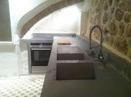 cuisine en beton cuisine beton ambiance fabrik with cuisine beton cool beton pour