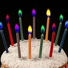 candele scintillanti 12 candele colorate con fiamma colorata it casa e cucina