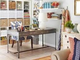 coin bureau dans salon un coin bureau atelier à méditer par idees maison