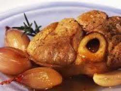 cuisiner jarret de porc recette jarret de porc aux échalotes et au vinaigre