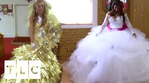 battle of the dresses say yes to the dress vs gypsy brides us
