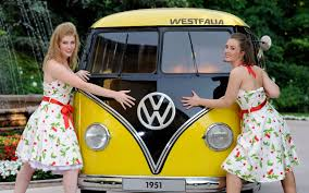 volkswagen hippie van front after 60 plus years volkswagen microbus production will end by 2014