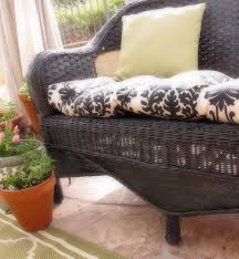 How To Fix Wicker Patio Furniture - how to paint wicker furniture painting wicker furniture painted