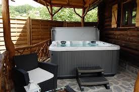 chambre spa privatif alsace chalet cabane avec spa privé dans les vosges chambre avec