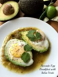 diabetic breakfast recipe avocado egg breakfast with salsa verde a diabetic diet friendly recipe jpg resize 640 853 ssl 1