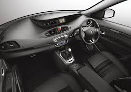renault fluence 2010 renault fluence 2010 hd pictures automobilesreview