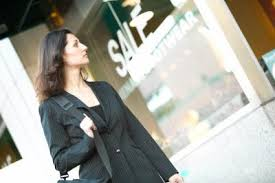 Dropping Off Resume In Person What To Say When Walking Into A Store Looking For A Job Chron Com
