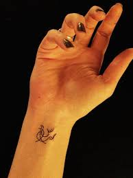 39 awesome arabic wrist tattoos design