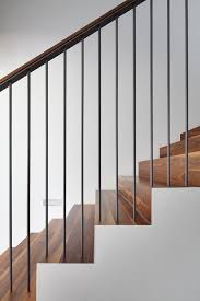 Contemporary Banisters And Handrails Best 25 Modern Stair Railing Ideas On Pinterest Modern Railing