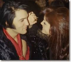 elvis hairstyle 1970 elvis and priscilla new years eve 1970 elvis and priscilla flickr