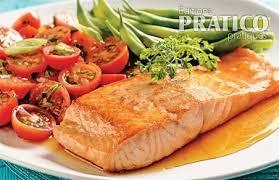 cuisiner filet de saumon filets de saumon grillés à l érable recettes cuisine et