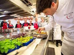 cours de cuisine chef présentation de cours de cuisine restaurant de hotel spa