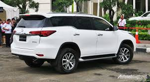 fortuner toyota fortuner 2016 indonesia rear view autonetmagz