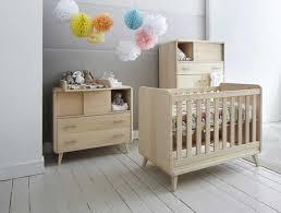 meubles chambre bébé chambre bebe bois massif 0 zinezo233 meubles bois design et