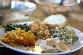 healthy thanksgiving tips how to eat healthy on thanksgiving according to nutritionist