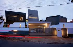 A Wild Modern Home Exterior Contains A Clean Modern Interior - Exterior modern home design