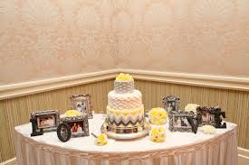 Cake Table Decorations by Ideas For Wedding Cake Table Decorations Wedding Cake Table