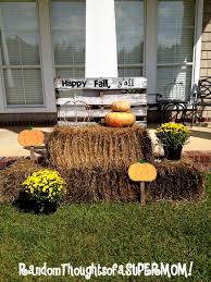 Fall Outdoor Decorations by Random Thoughts Of A Supermom Pallet And Hay Fall Display