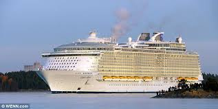 Largest Cruise Ship Oasis Of The Seas The World U0027s Largest Cruise Ship Really Is S S