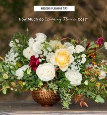 wedding flowers cost wedding planning tips budgeting for centerpieces green wedding