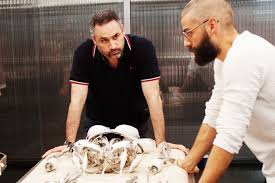 ex machina director oscar isaac reunites with ex machina director to join the all female