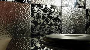 plaque autocollante cuisine imitation carrelage mural adhesif maison design bahbe com