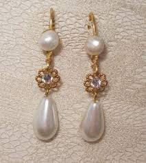 vintage wedding earrings chandeliers bridal earrings pearls gold with tear drop vintage