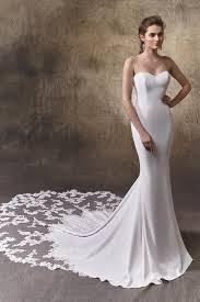 enzoani wedding dress larissa wedding dress from enzoani hitched co uk